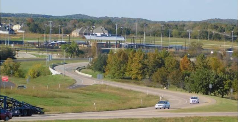HD Photo of Spur 503 from across Hwy 75 with THF Park in the background
